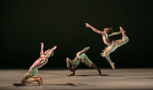 "Lines Ballet in Alonzo King's ""Biophony."" Photo © Quinn B. Wharton"